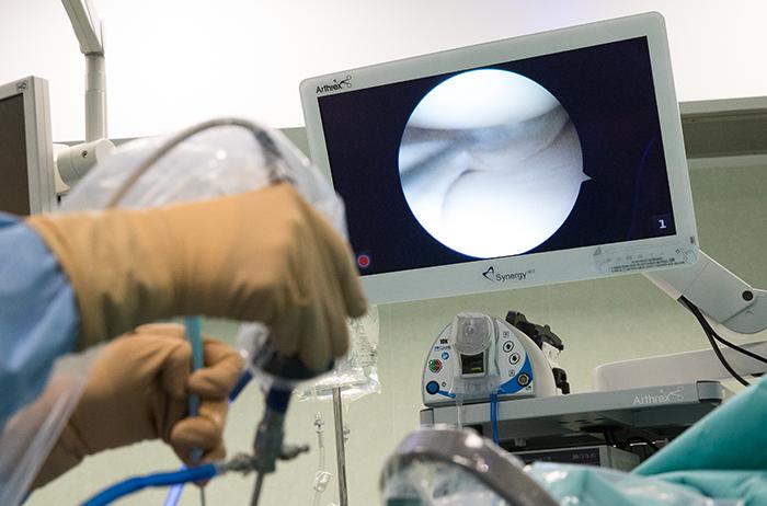 https://www.chirurgieartroscopica.ro/wp-content/uploads/2020/10/artroscopie-genunchi-1.jpg